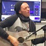 Coldplay: Chris Martin faz homenagem a George Michael
