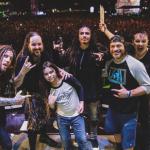 Korn: Robert Trujillo e Tye Trujillo tocando juntos