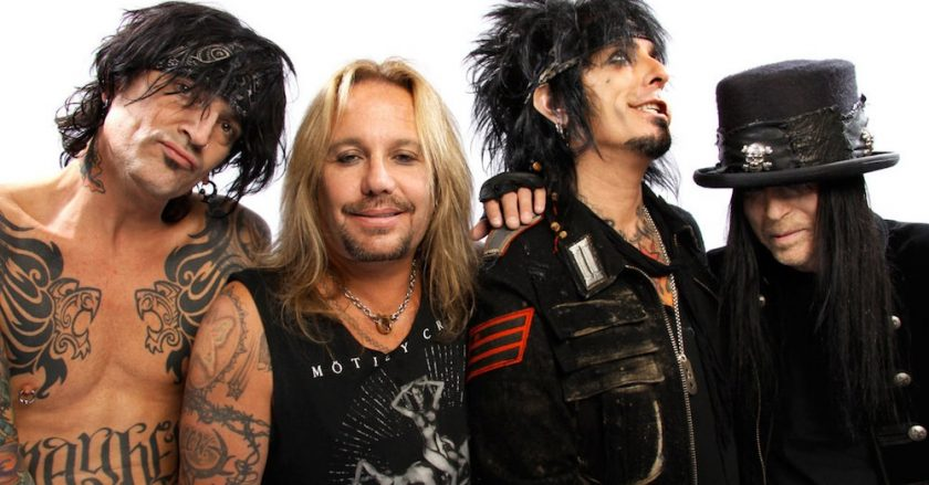 """Mötley Crüe grava cover de """"Like a Virgin"""" da Madonna"""